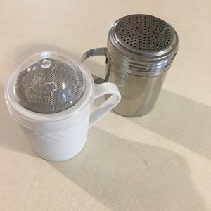 Pampered Chef and Tablecraft Shakers - 2
